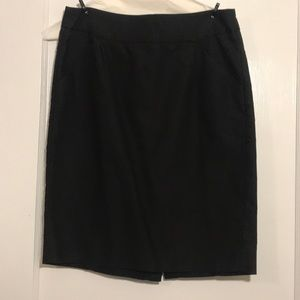 Black J CREW Pencil skirt With Pockets!!